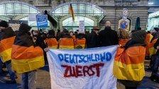 Teilnehmer von Anti-Merkel-Demo verletzt