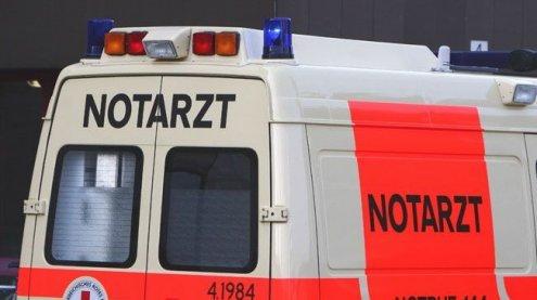 Passantin nach Zusammenprall mit Pkw in Wien-Wieden verletzt