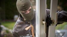 Home Invasion: Opfer (82) mit Hammer attackiert