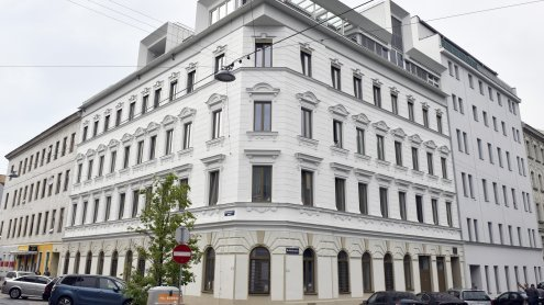 Frau (43) tot in Wiener Wohnung aufgefunden: Ehemann geständig