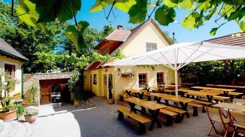 Falstaff kürt die besten Heurigen und Buschenschanken Wiens