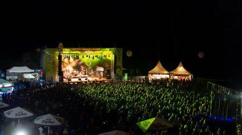 Nach Crowdfunding-Fail: HUMA ELEVEN rettet Hafen Open Air