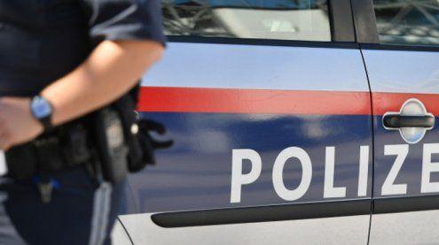 Beifahrer bedrohte Kontrahenten während der Fahrt mit Pistole